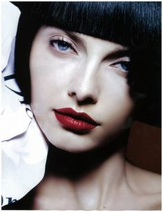Red Lips - Alina Birladeanu (i've always wanted to wear red lipstick!  Maybe someday i'll figure out how!)