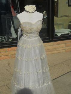 vintage prom dress <3