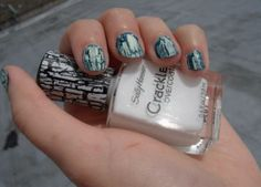 Review, Swatches: Sally Hansen New Polishes, Crackle Nail Lacquer #bstat