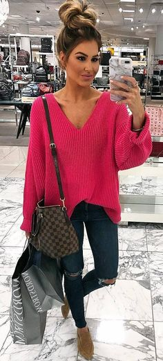 trendy spring outfit / pink v neck sweater + bag + rips + nude loafers