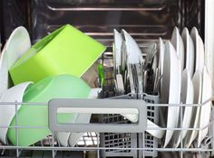 Städa hemma – här är platserna du glömmer.  Hur ofta rengör du din diskmaskin egentligen? Det behövs göras en gång i månaden.