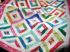 example of Summer in the Park quilt. I've also pinned a video tutorial. Using this pattern for my grandmother's quilt. Diy Quilting For Beginners, Beginner Quilt Patterns, Quilt Patterns Free, Free Pattern, Sewing Patterns, Quilting Projects, Quilting Designs, Quilting Ideas, Missouri Quilt Tutorials