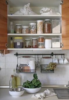 LIFESTYLE CONCEPTS | HOW TO STOCK THE PANTRY THAT WILL CHANGE YOUR EATING HABITS