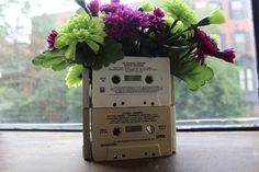 Totally Awesome Upcycled 80's Party 5_minute_DIY_80s_party_decor.jpg