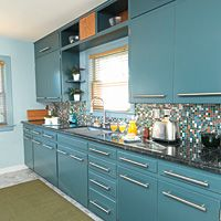 Teal cabinets - love!  but how do I tie in a good color scheme w/my open kitchen?