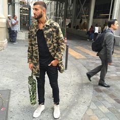 fashion # fashion for men # mode homme # men's wear Suit Fashion, Fashion Prints, Boy Fashion, Mens Fashion, Men With Street Style, Street Look, Street Wear, Military Men, Military Fashion