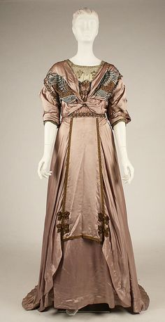 Evening dress Date: 1907–8 Culture: American Medium: silk, metallic thread, floss. Front