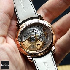 30 minutes on the wrist with the Audemars Piguet Millenary 4101