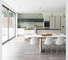 How to plan kitchen diner extensions – modern design ideas Kitchen Diner Extension, Open Plan Kitchen, Kitchen Layout, New Kitchen, Kitchen Decor, Kitchen Ideas, Kitchen Units, Kitchen Island, Gloss Kitchen