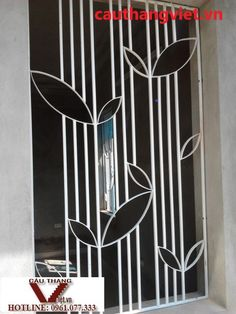 ideas screen divider design for 2019 Window Grill Design Modern, House Window Design, Grill Door Design, House Outside Design, Steel Gate Design, Front Gate Design, Door Gate Design, House Front Design, Decorative Metal Screen