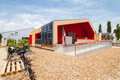 Prototipo RhOME for denCity (Facoltà di architettura Roma Tre). Vincitore 2014 Solar Decathlon, competizione del Dipartimento dell'Energia degli Stati Uniti per premiare l'edificio con le migliori prestazioni dal punto di vista dell'efficienza, della bellezza, della qualità architettonica.