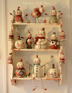 Folk Artist and Illustrator of collectible Halloween, holiday & seasonal sculptures with vintage appeal. Designer of whimsical patterns, printable art, surface designs & folk art ornaments & figurines for the gift and decor market. Vintage Christmas Crafts, Primitive Christmas, Retro Christmas, Christmas Snowman, Christmas Projects, Holiday Crafts, Christmas Time, Snowman Decorations, Christmas Decorations