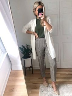 Business Professional Outfits, Casual Professional, Business Casual Outfits For Women, Stylish Work Outfits, Spring Work Outfits, Work Casual, Business Attire, Work Attire Women, Semi Casual Outfit