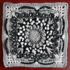 Marjatta Kalliopeiton väreissä Suunnittelija Taina Tauschi Bedspread, Knitting Patterns, Blanket, Crochet, Pattern, Grey, Quilt Cover, Knit Patterns, Bedspreads