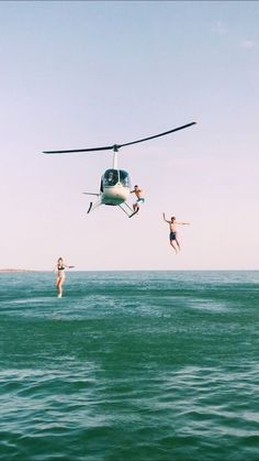summer goals aesthetic Not sure where this is, but - summergoals Summer Aesthetic, Travel Aesthetic, Adventure Aesthetic, Aesthetic Outfit, Beach Aesthetic, Adventure Awaits, Adventure Travel, Photos Bff, Summer Goals