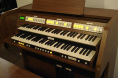Viscount Vivace 30 Classical Organ for sale