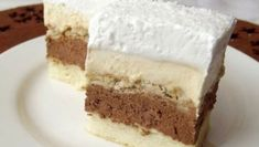 Ez nálunk is tuti nyerő lesz! Hungarian Desserts, Hungarian Cake, Healthy Cake Recipes, Sweet Recipes, Cookie Recipes, No Bake Desserts, Just Desserts, Dessert Recipes, Peach Yogurt Cake