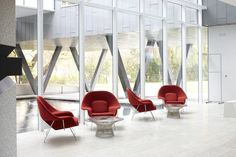 Saarinen Womb Chairs and Platner Coffee Tables. | Stephen Hawking Centre at Perimeter Institute Project Profile
