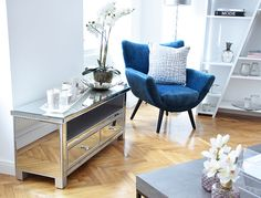 Pure Velvet Interior & Home Decoration City Style, Entryway Tables, Loft, Pure Products, Living Room, Interior, Furniture, Home Decor, Interior Home Decoration