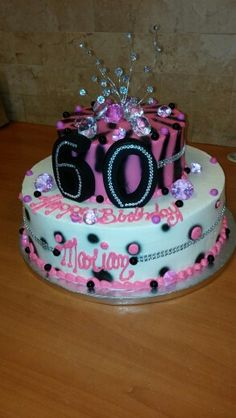60 th birthday 60th Birthday Cakes, Mom Birthday, Birthday Ideas, Fake Cake, Adult Crafts, Milestone Birthdays, Cake Decorations, Beautiful Cakes, Cake Designs