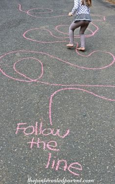 Sidewalk Chalk Games & Activities for kids. Fun outdoor play spring, summer and fall The post Sidewalk Chalk Games & Activities for kids. Fun outdoor play spring, summer and fall appeared first on Pink Unicorn. Outdoor Activities For Kids, Outdoor Learning, Outdoor Fun For Kids, Toddler Gross Motor Activities, Summer Games, Party Activities, Activities For Babysitting, Toddler Outdoor Games, Summer Activities For Preschoolers