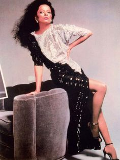 Barbarella's Galaxy: The Boss In Color. Diana Ross, Lady Diana, Family Photo Outfits, Family Photos, Tracee Ellis Ross, Barbarella, Group Costumes, Black People, Summer Outfits