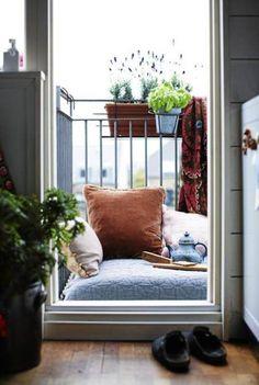 Bed in the verandah