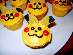 Pikachu cupcakes I made for my son's 6th birthday party at school. Gummy ears, M cheeks and Wilton Icing  #Pokemon #Pikachu #cupcakes