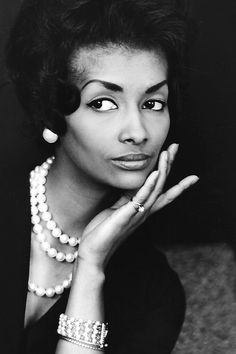 """"""" Helen Williams, the first African American fashion model to cross over into the mainstream,photographed by Peter Basch c. """" """" Helen Williams, the first African American fashion model to cross over into the mainstream,photographed by Peter Basch c. Helen Williams, Vanessa Williams, Vintage Black Glamour, Vintage Beauty, Vintage Fashion, 1950s Fashion, Vintage Style, Vintage Ladies, Women In History"""