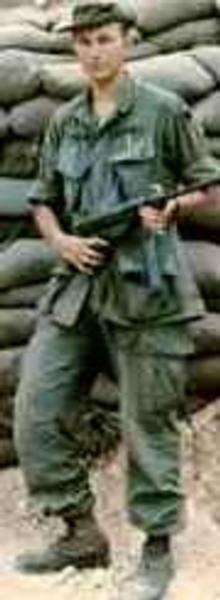 Virtual Vietnam Veterans Wall of Faces   JACKIE L SANDERS   ARMY