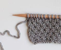 point de demi-toile - half linen stitch
