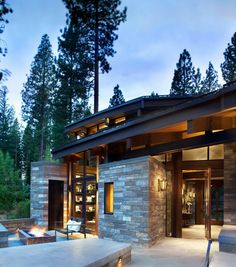 Modern rustic home nestled high in the Sierra Mountains Valhalla Residence is a modern rustic dwelling recently designed by RKD Architects, nestled on a forested site in the Sierra Mountains, Truckee, California. Modern Mountain Home, Mountain Homes, Modern Rustic Homes, Rustic Houses, Modern Patio, Modern Decor, Rustic Decor, House Goals, Modern House Design