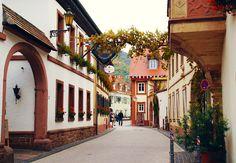 St. Martin ist ein historisches Weindorf in der Südpfalz