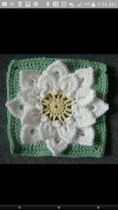 Another Dahlia square color combination http://www.ravelry.com/patterns/library/crocodile-stitch-afghan-block---dahlia