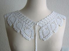 Nostalgic White Lace Collar Necklace crocheted pineapple by DEMET,