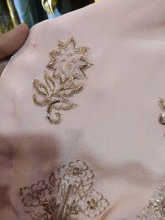 Embroidery Suits Punjabi, Zardosi Embroidery, Embroidery Suits Design, Couture Embroidery, Indian Embroidery, Embroidery Designs, Embroidery On Clothes, Hand Work Embroidery, Creative Embroidery