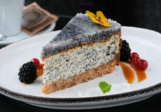 Makový cheesecake s kokosovou polevou - recept Sandwiches, Cheesecake, Food, Cheese Cakes, Eten, Paninis, Cheesecakes, Meals, Diet