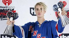 Justin Bieber sparked some major controversy with his new hair style at the IHeartRadio Awards. Watch here how Justin Bieber faced racist backlash over dreadlocks. Justin Bieber Facing Racist Backlash Over. by HollyscoopTV .