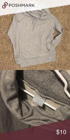 Grey athletic sweatshirt Grey athletic sweatshirt Tops Sweatshirts & Hoodies