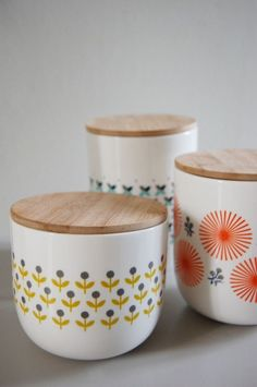 Deco Tips: New Year's Resolutions Scandinavian Containers Design Room, Deco Design, Scandi Style, Scandinavian Design, Scandinavian Kitchen, Kitchenware, Tableware, Kitchen Canisters, Kitchen Containers