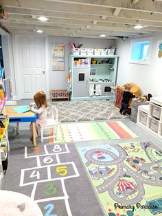 Basement playroom ideas that inspire imaginative play for toddlers, pre-schools, and elementary age kids! Basement playroom ideas that inspire imaginative play for toddlers, pre-schools, and elementary age kids! Playroom Design, Playroom Decor, Modern Playroom, Small Playroom, Colorful Playroom, Small Kids Playrooms, Sunroom Playroom, Playroom Layout, Wall Decor