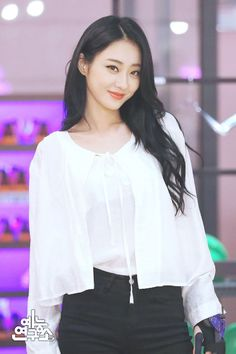 Nine muses Kyungri Kpop Girl Groups, Korean Girl Groups, Kpop Girls, Exotic Women, Beautiful Asian Women, Nine Muses Kyungri, She Was Beautiful, Girl Bands, Korean Model