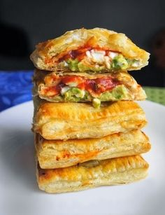 Avocado, Cream Cheese, and Salsa Pockets #Appetizers #Healthy #Snacks