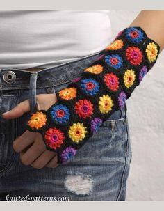 Hexagon Motif Mitts free crochet pattern