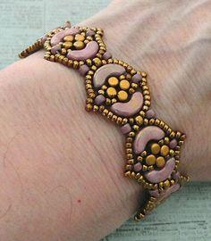 Linda's Crafty Inspirations: Bracelet of the Day: Fina Bracelet - Violet & Gold