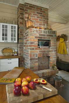 Rustic country look. Honka log homes. Rustic Style, Farmhouse Style, Log Home Interiors, Barn Houses, Cabin Fever, House In The Woods, Log Homes, Cozy House, Warm And Cozy