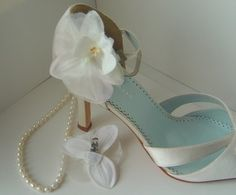 DIY Shoe Accessories | How To Make Your Own Flower Shoe Clips