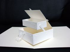 """accessory box / (c)pop-up artist HIROKO / Published in """"handmade pop-up no hon"""" / Limited for personal use only!"""