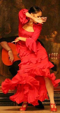 Flamenco dancing in Madrid! I also wanted to be a Flamenco Dancer! Shall We Dance, Lets Dance, Madrid, Flamenco Festival, Flamenco Party, Flamenco Shoes, Red Pictures, Dance Like No One Is Watching, Dance Movement