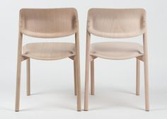 Boss plywood chair by Tobias Nitsche